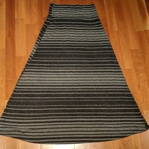 Mossimo Jersey Maxi Skirt in heather gray stripe